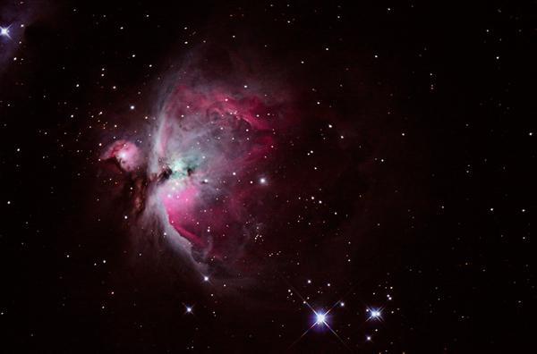 """รางวัลรองชนะเลิศอันดับ ๓ นายกีรติ คำคงอยู่ ชื่อภาพ """"M42 Great Orion Nebula"""""""